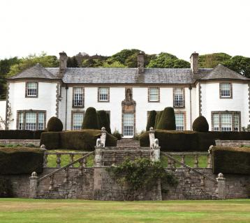 Hill of Tarvit House exterior