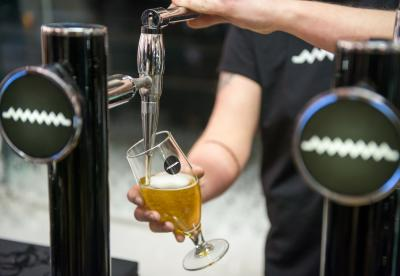 Pouring a beer at Drygate Brewery