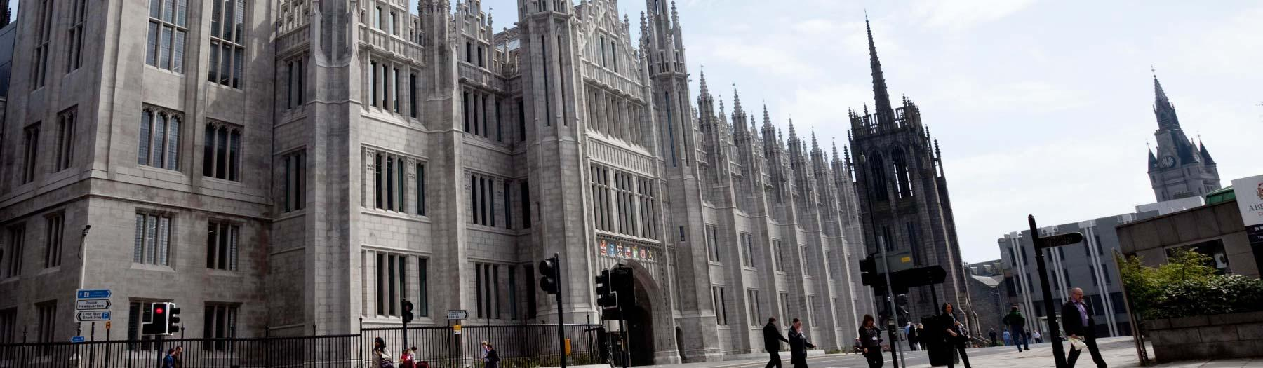 Image: Marischal College. Credit: Image used with permission from VisitScotland and Scottish Viewpoint.